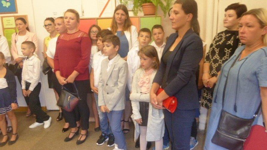 Uroczyste rozpoczęcie roku szkolnego 2019/2020 w Publicznej Szkole Podstawowej w Pisarach