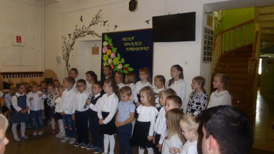 Święto edukacji narodowej w PSP w Pisarach
